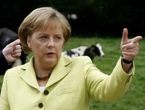 Μέρκελ: «Θα μειώσουμε κι άλλο την ανεργία»