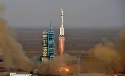 Κάθετη απογείωση πυραύλων από τη NASA
