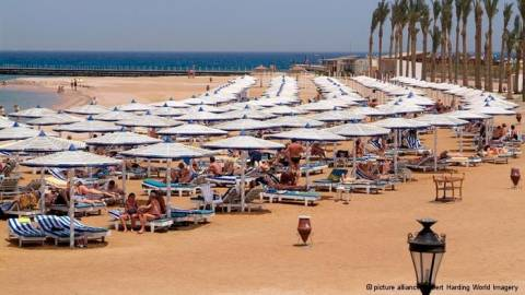 Reuters για Αίγυπτο: Νέα κλιμάκωση, νέο πλήγμα για τον τουρισμό