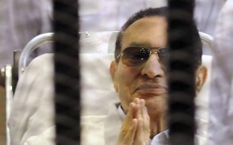 Αίγυπτος: Αύριο κρίνεται η αποφυλάκιση Μουμπάρακ
