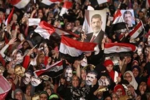 Αίγυπτος: Προσωρινός ηγέτης των Αδελφών Μουσουλμάνων ο Μαχμούντ Εζάτ