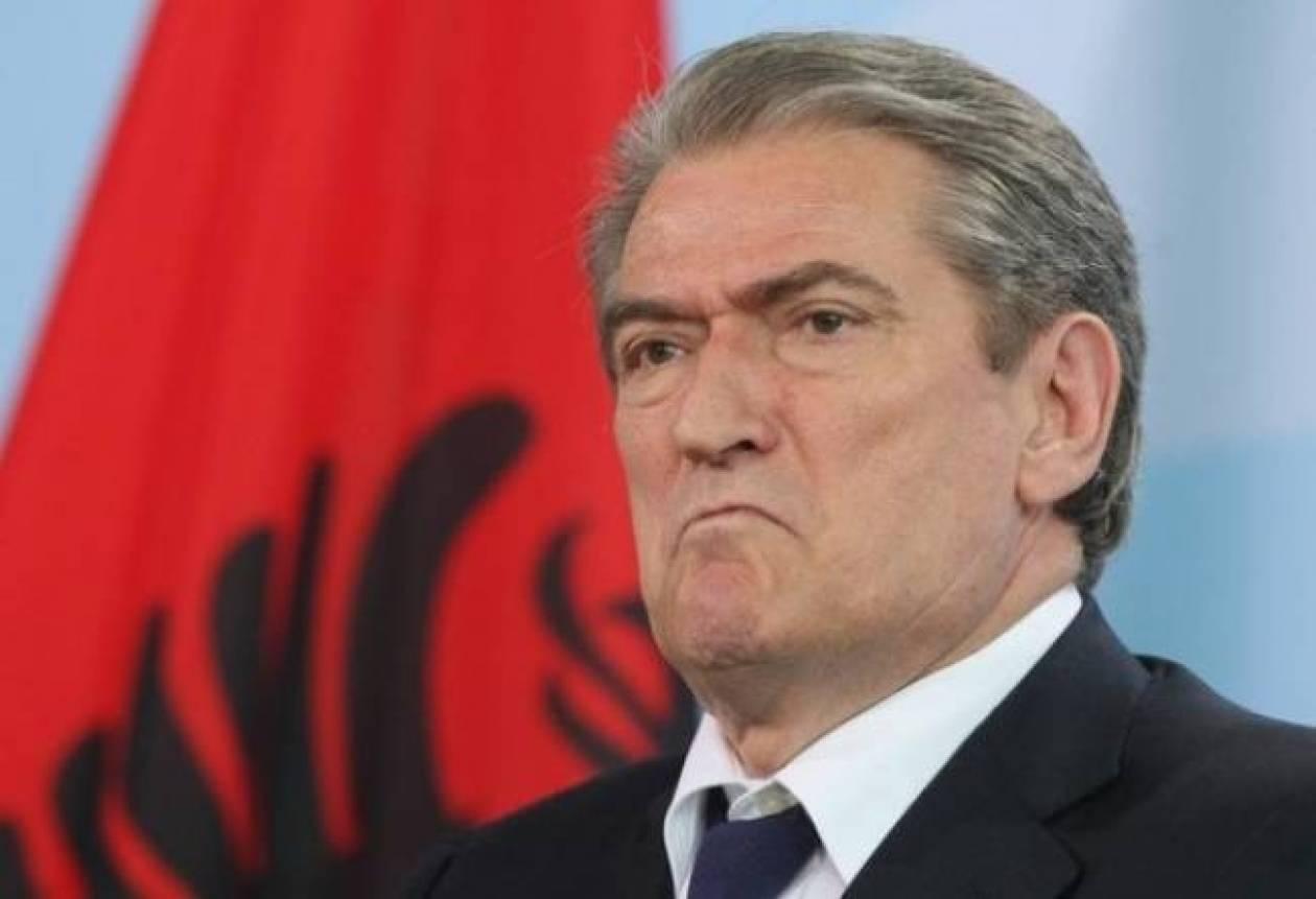 Μπερίσα:Απαρέδεκτο και παράλογο να μπλέκεται η Ελλάδα σε εσωτερικά μας