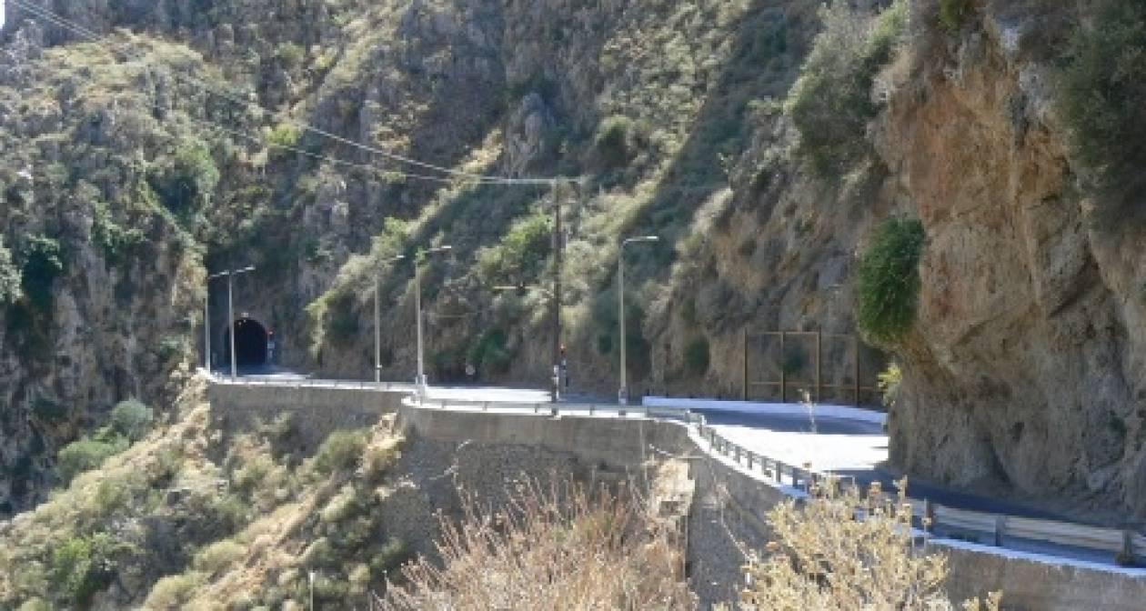 Χανιά: Κλειστός ο δρόμος από τη σήραγγα στα Τοπόλια προς το Ελαφονήσι