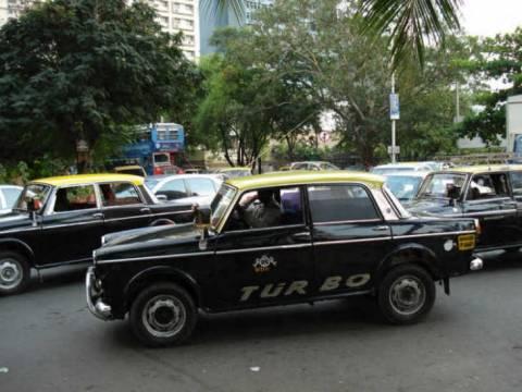Τα διάσημα ταξί της Βομβάης αποσύρονται