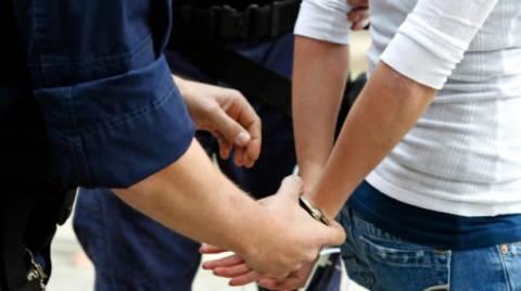 Τον έπιασαν με ανήλικη στη Ρουμανία και τον συνέλαβαν στην Ηλεία