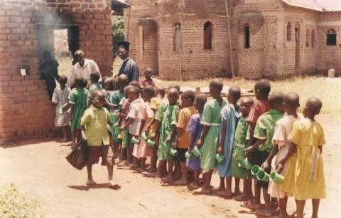 ΣΟΚ: Διευθύντρια ορφανοτροφείου σκόπευε να πουλήσει τα παιδιά