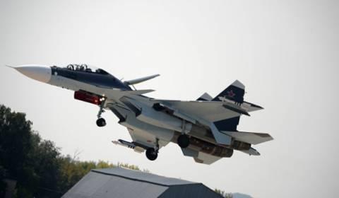 Ρώσοι πιλότοι: Πρόβες του προγράμματος πτήσεων στην MAKS 2013