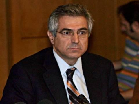 Καρχιμάκης: Αφήνουν παράθυρο διαφυγής σε όσους έκλεψαν το Δημόσιο