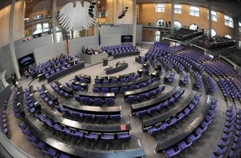 Σε επιτροπή της γερμανικής Βουλής το τρίτο πακέτο για την Ελλάδα