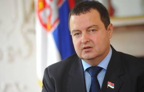 Θύμισε Ελλάδα η πολιτική κρίση στη Σερβία