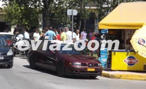 Βίντεο: Οδηγοί ταξί ήρθαν στα χέρια στο κέντρο της Χαλκίδας επειδή...