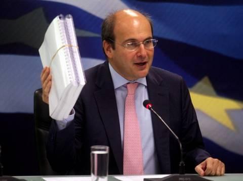 Νέο πλαίσιο για αδειοδότηση επιχειρήσεων ανακοίνωσε ο Χατζηδάκης