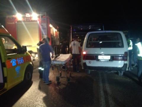 Λεωφορείο συγκρούστηκε με Ι.Χ στην εθνική Αντιρρίου – Ιωαννίνων