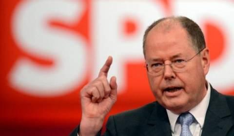 Γερμανία: Εκβιάζουν τον Στάινμπρουκ