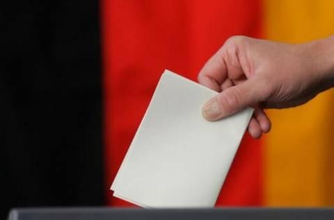 Γερμανικές εκλογές: Πρώτη η Μέρκελ, ανεβαίνει ο Στάινμπρουκ