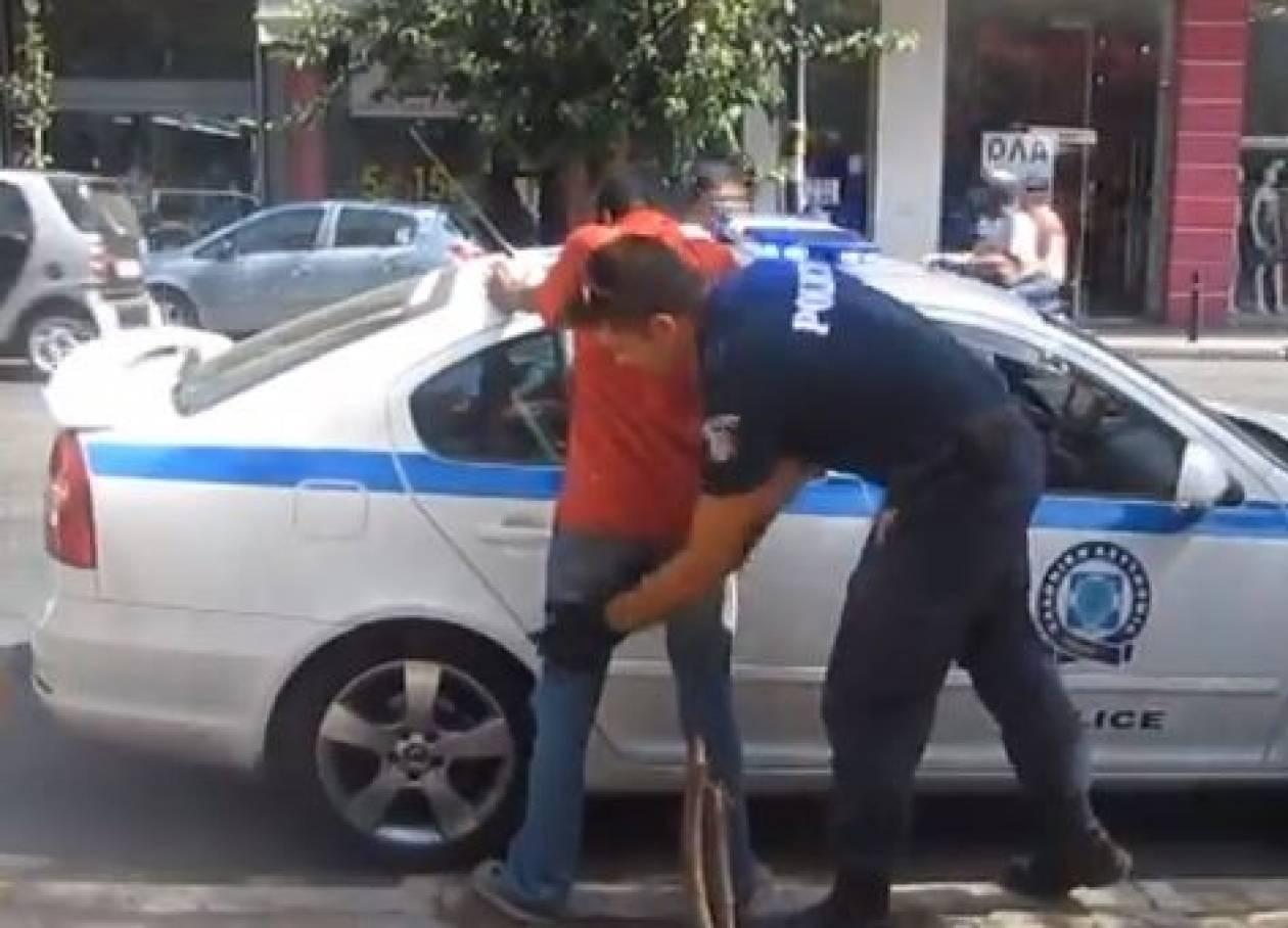 Βίντεο: Μεγάλη επιχείρηση της αστυνομίας στα Πατήσια