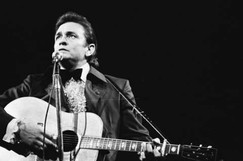 Σαν σήμερα «έφυγε» ο Johnny Cash