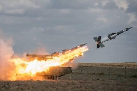 Στρατιωτικοί 5 χωρών: Πρόβα πυραυλικού χτυπήματος σε εχθρό