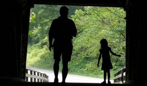 ΗΠΑ: Παράνομη αγορά ξένων υιοθετημένων παιδιών μέσω ιντερνετ