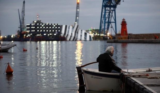Costa Concordia: Δείτε live την επιχείρηση ανέλκυσης