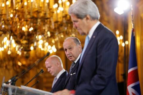 ΗΠΑ, Γαλλία, Βρετανία απειλούν με «σοβαρές συνέπειες» τη Συρία