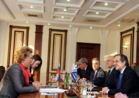 Το ρωσικό ενδιαφέρον για ΔΕΠΑ-ΟΣΕ μετέφερε η Ματβιένκο στον Σαμαρά