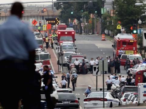 Μακελειό με 13 νεκρούς σε ναυτική βάση στην Ουάσινγκτον