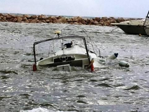 Βύθιση ταχυπλόου σκάφους στο Τολό
