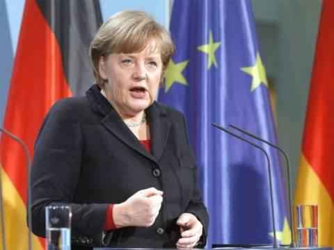 Σφοδρές «επιθέσεις» τέσσερις μέρες πριν τις Γερμανικές εκλογές