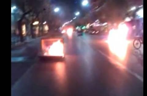 Σκηνικό πολέμου στη Θεσσαλονίκη: Οδοφράγματα και πετροπόλεμος
