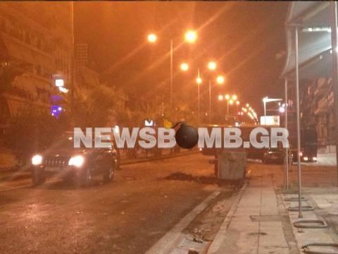 Εικόνες καταστροφής από τα επεισόδια στην Αμφιάλη (pics)