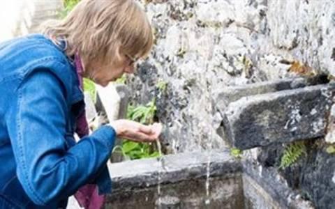 Αυστρία: Μολυσμένο με κόπρανα το «αγιασμένο» νερό
