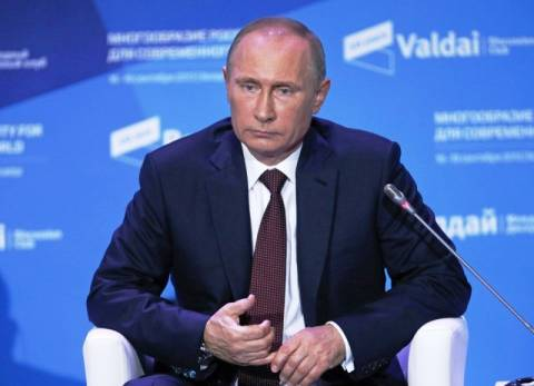 Ρωσία: Ο Πούτιν σκέφτεται να είναι και πάλι υποψήφιος το 2018