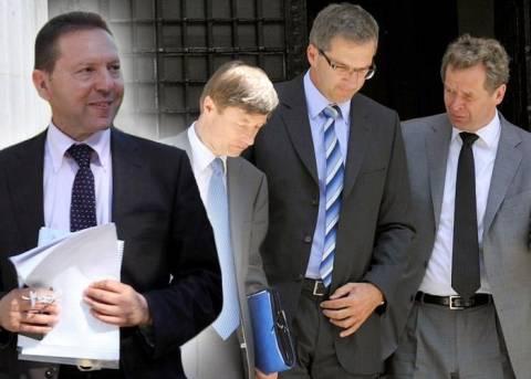 Νέος γύρος διαπραγματεύσεων Τρόικας - Στουρνάρα
