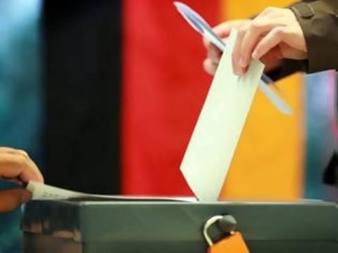 Γερμανικές εκλογές: Μεγαλύτερη η συμμετοχή των ψηφοφόρων από το 2009