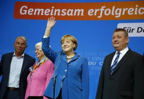 Μέρκελ: Πρέπει να συνεχίσουμε να ασκούμε πίεση στην Ελλάδα