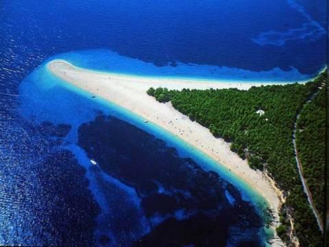 Μια πανέμορφη και ιδιαίτερη παραλία (φωτο)