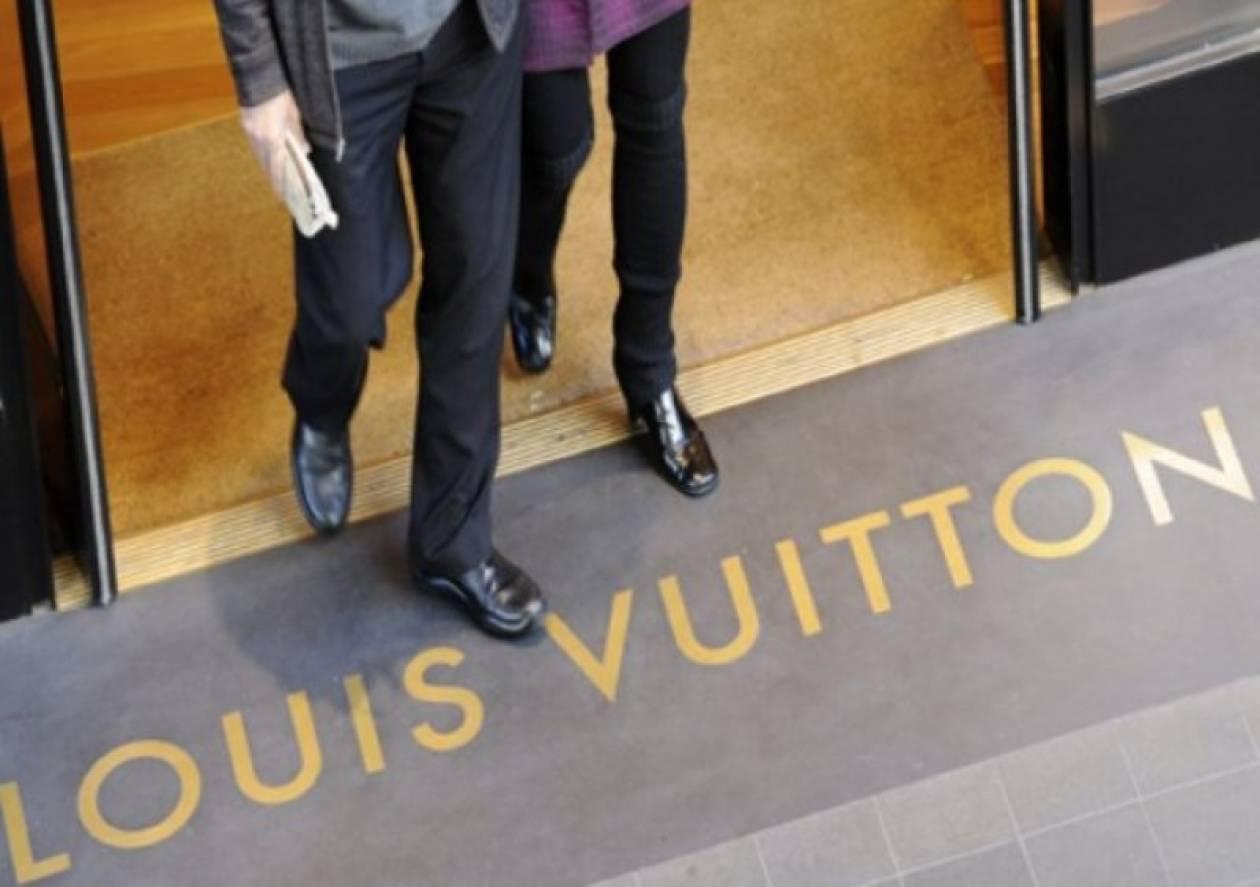 Για ποιο λόγο κλείνει το κατάστημα της Louis Vuitton στην Κηφισιά;