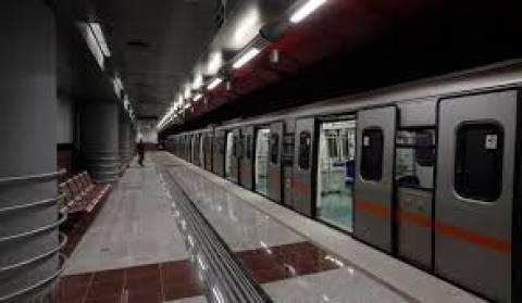 Ανοιχτοί οι σταθμοί του μετρό «Ευαγγελισμός» και «Σύνταγμα»