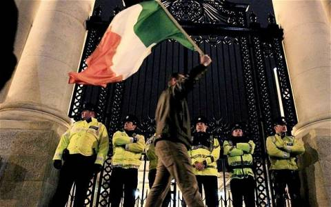 Το ΔΝΤ ενέκρινε εκταμίευση δόσης στην Ιρλανδία