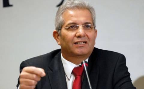 Κυπριανού: Δεν μπορεί το ΑΚΕΛ να έχει σχέσεις με σκιές...