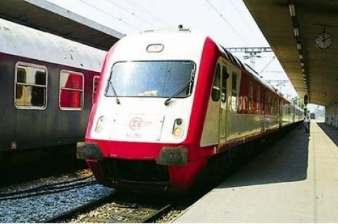 Έκτακτα δρομολόγια στα τρένα για την αεροπορική επίδειξη στο Τατόι