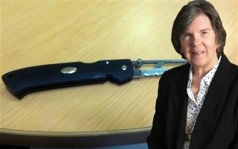 Σώθηκε χάρη σε μαχαίρι, στυλό και την ψυχραιμία ενός γιατρού