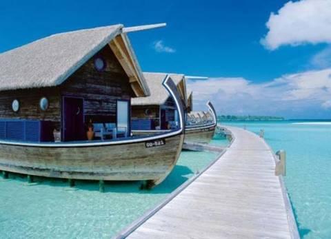 Δείτε εκπληκτικά ξενοδοχεία από βάρκες στις Μαλδίβες (pics)