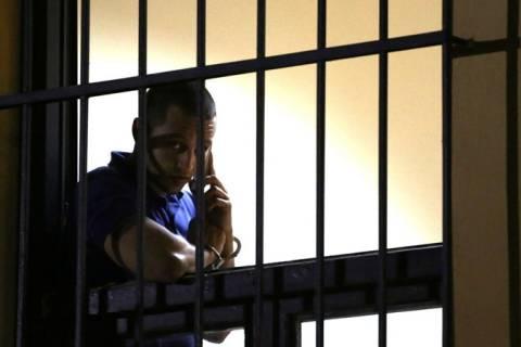 Το μήνυμα του Η. Κασιδιάρη στο Facebook μέσα από τα κρατητήρια