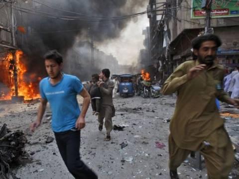 Μπαράζ βομβιστικών επιθέσεων στο Ιράκ