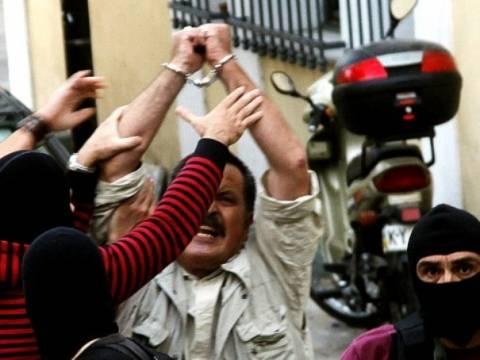 Δήλωση Παππά μέσα από τη ΓΑΔΑ: «Έλληνες, μην τους πιστεύετε!»