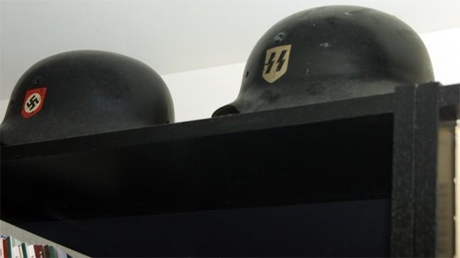 Τα ευρήματα στο σπίτι του βουλευτή της Χρυσής Αυγής Χ.Παππά (pics)