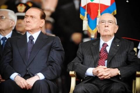 Ο Μπερλουσκόνι κατηγορεί τον Ναπολιτάνο για τη δικαστική καταδίκη του