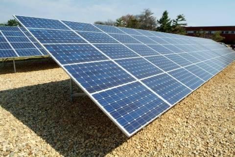 Στη Βουλή η συζήτηση για τις εγγυημένες τιμές των φωτοβολταϊκών